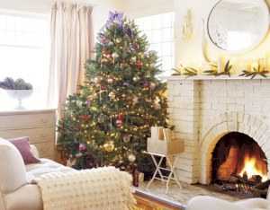Living-room-Christmas-Vachon-HTOURS1205-de